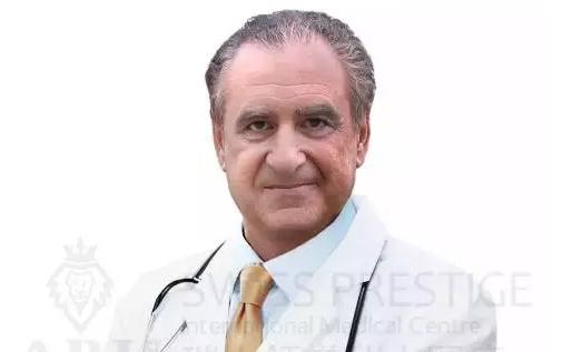 大卫•埃利亚 医学博士