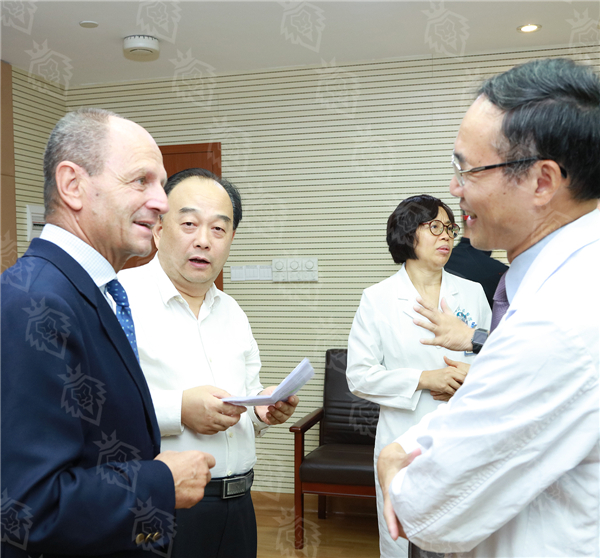罗马医科大学医院心脏病专家法比奥•贝洛托教授应邀赴广东省人民医院进行学术交流