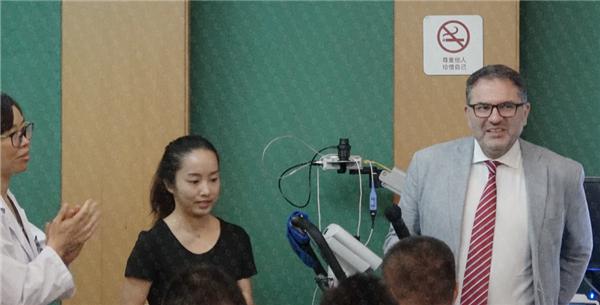 瑞士领誉医疗与广东省人民医院共同开展学术研究与临床病案研讨