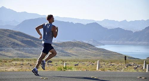 """领誉心脏康复专家提醒:科学运动有益健康,过度运动很""""伤心""""。 <a href="""